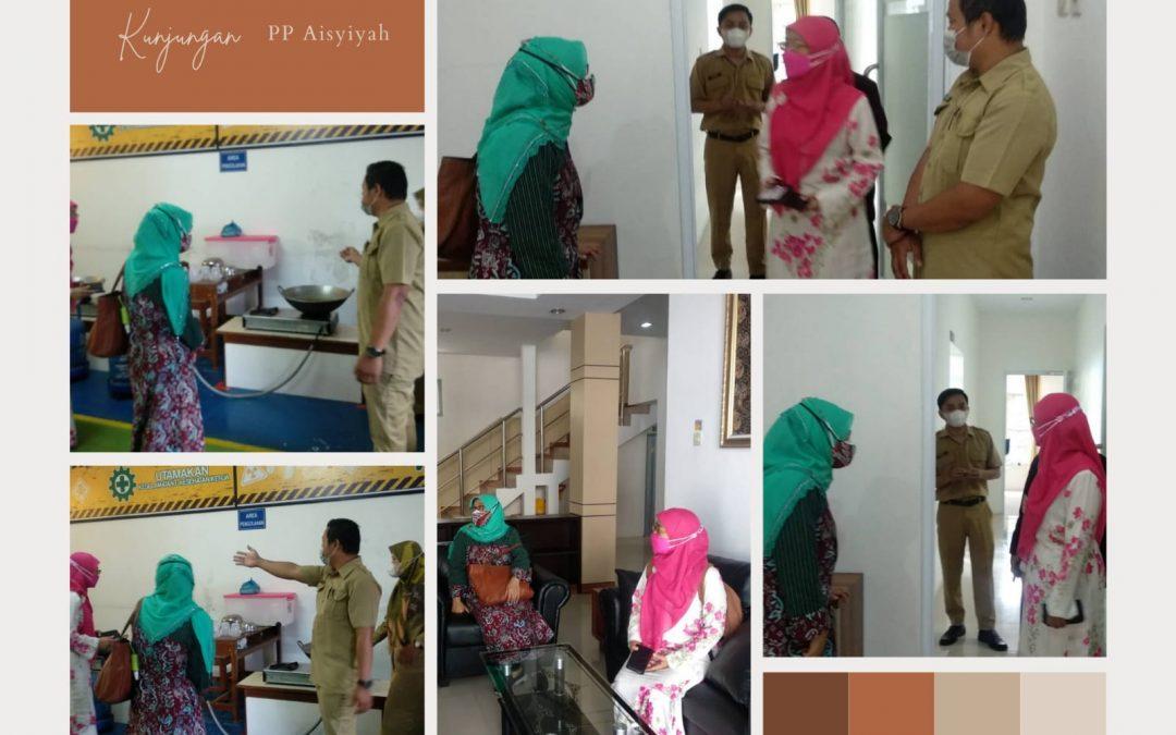 Monitoring Vaksinasi PP Aisyiyah di SMK Muhammadiyah 1 Moyudan